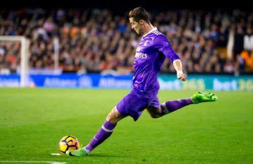 Cristiano Ronaldo : chronique d'un buteur