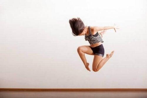 La souplesse et l'alimentation des danseuses de jazz