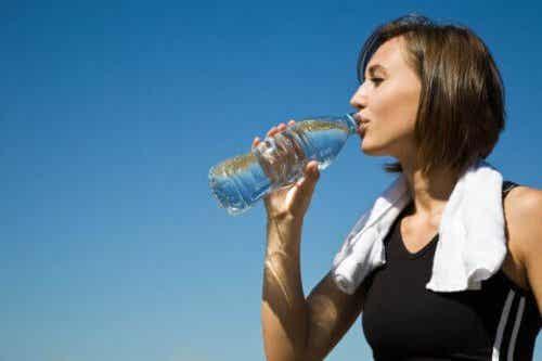 Maintenez votre corps hydraté avec de l'eau hydrogénée