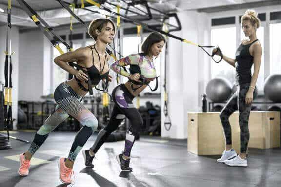 Les avantages de l'entraînement en suspension ou TRX