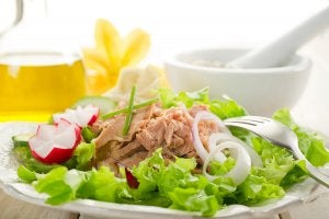L'un des meilleurs conseils pour perdre du poids est de manger des portions plus petites mais plus souvent.