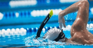 Utiliser un tuba en natation