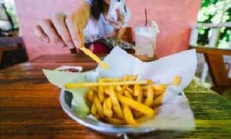 L'acrylamide dans les aliments, un risque pour la santé ?