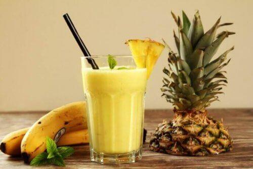 Bananes et ananas