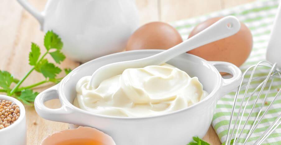 Bienfaits de la mayonnaise blanche.