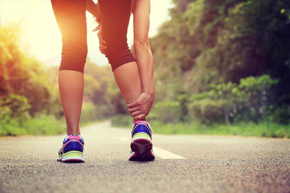 blessure par manque d'échauffement - erreurs à éviter quand on fait du cardio