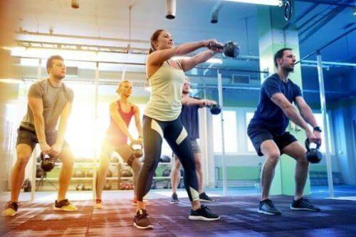 5 raisons pour lesquelles la plupart des gens vont à la salle de sport
