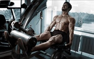 la routine torse-jambe est une façon de répartir l'entraînement de tout le corps en deux types de sessions différentes.