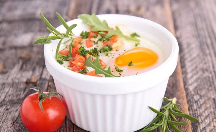 Des œufs avec de la crème.