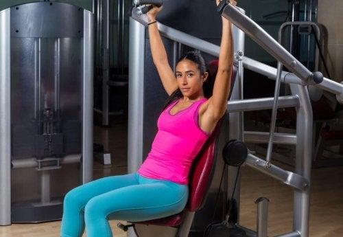 Exercices de développé épaules