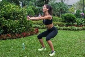 Exercice de squats pour les jambes