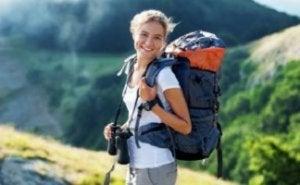 En randonnée - choisir un bon sac à dos de randonnée