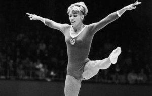 Larisa Latynina, l'une des sportives avec le plus de médailles olympiques.