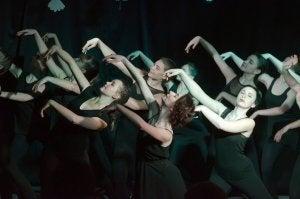 Un spectacle de danse contemporaine