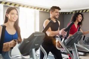 Faire du sport de manière adéquat en cas d'hernie discale