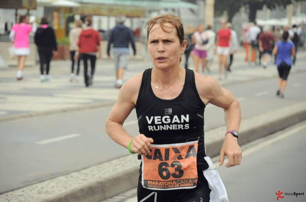 Fiona Oakes, en plein marathon.