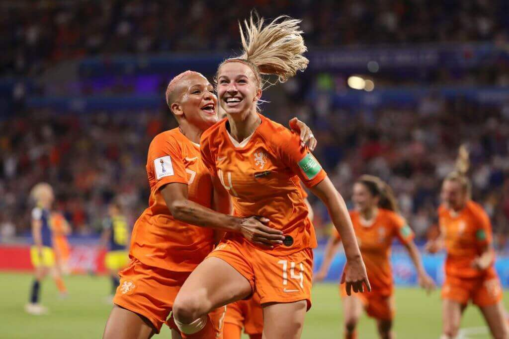L'équipe féminine d'Hollande lors d'un match de football.