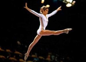 Nadia Comaneci lors d'une compétition.