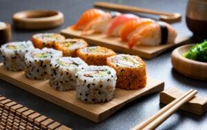 Plateau de sushis.