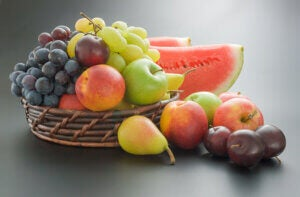 Pour éviter de prendre du poids pendant la quarantaine, consommez des fruits et des légumes
