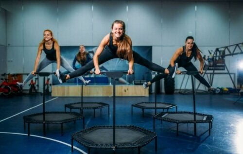 Les exercices de trampoline