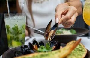 Les fruits de mer contiennent beaucoup d'oméga-3.