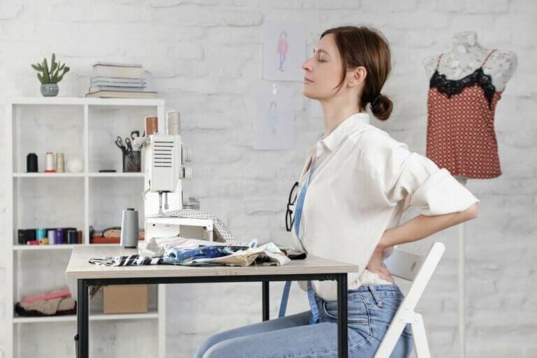 Exercices de mobilisation pour éviter les douleurs dorsales