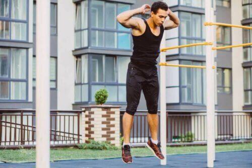 Callisthénie : exercices à faire à la maison avec son propre poids
