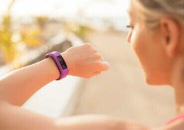 Les meilleurs bracelets connectés de fitness pour monitorer votre entraînement