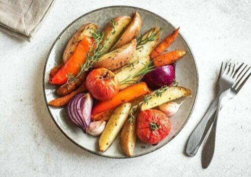 Une régime alimentaire sain peut aider à lutter contre la graisse du ventre.