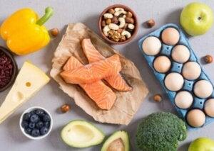 Aliments riches en protéines et en vitamines.