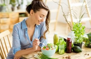 Varie ricette di insalata mista