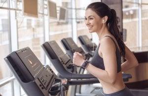 Bruciare calorie sul tapis roulant
