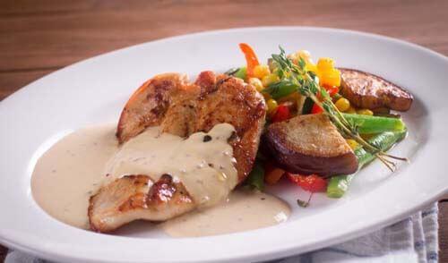 Pollo in salsa di senape, una ricetta saporita e leggera