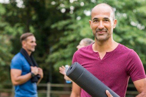 4 esercizi di agilità per uomini con più di 40 anni