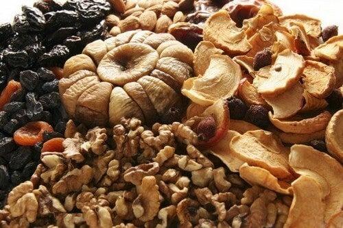 La frutta secca e i suoi benefici per l'organismo