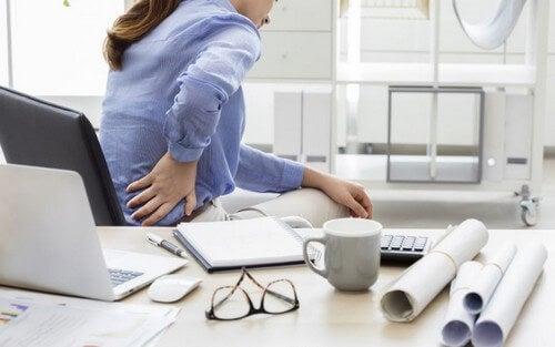 Zona lombare: lo stretching per ridurre il dolore