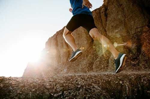 Benefici di correre in montagna: ecco quali sono
