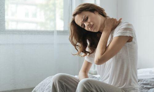 Yoga mal di collo