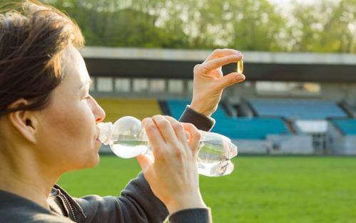 Le capsule di sali minerali per gli sport di resistenza