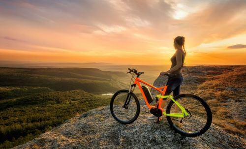 Mountain bike per ridurre la circonferenza delle cosce