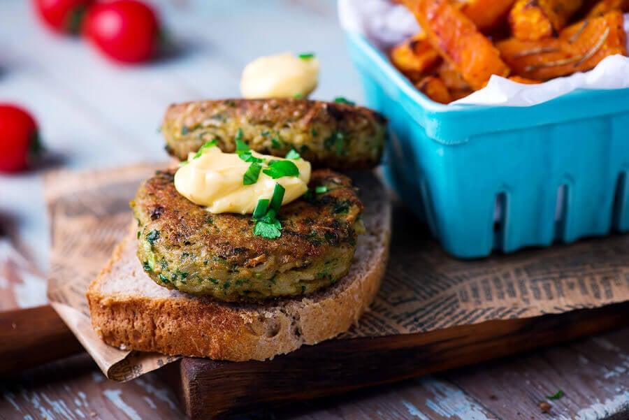 Hamburger con tofu e verdure
