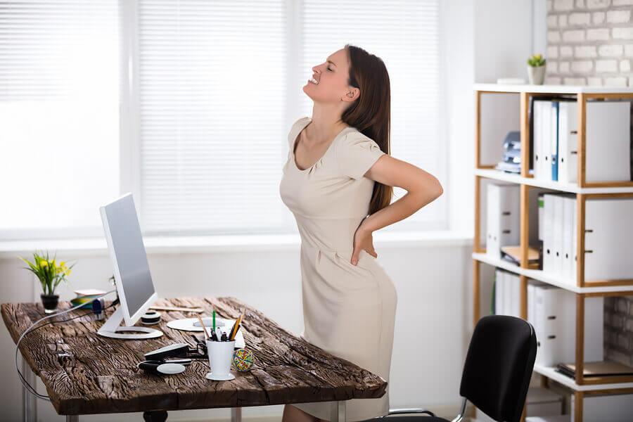Mal di schiena a causa della sedentarietà