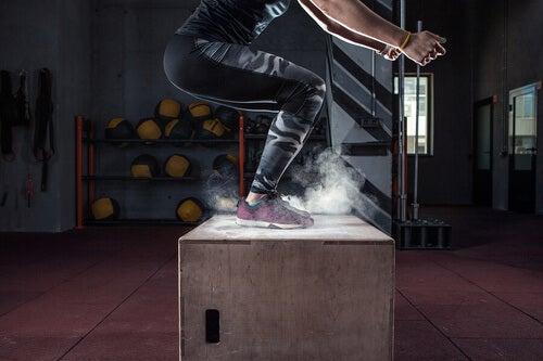 Esercizi aerobica durante il ciclo mestruale