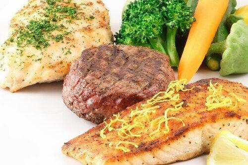 Cibo e proteine: carne, pesce e verdure