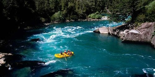 Rafting Magpie con gommone giallo