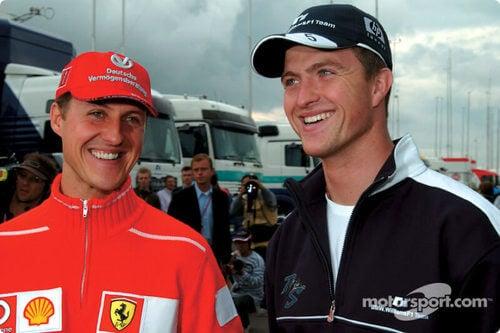 Schumacher coppia fratelli che sorridono