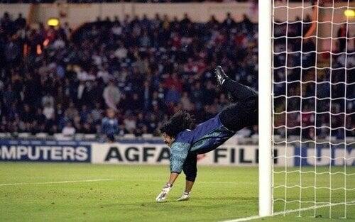 Lo scorpione Higuita è uno dei migliori portieri della storia del calcio