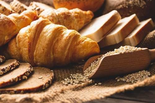 Mangiare carboidrati aumenta il rischio di obesità?