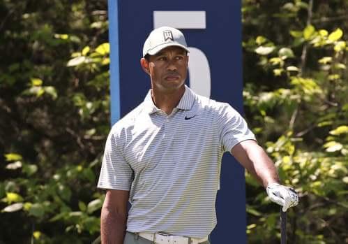 Tiger Woods è il nuovo membro della triade del golf.